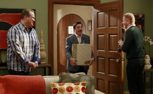 modernfamily-cameron-mitchell-pepper